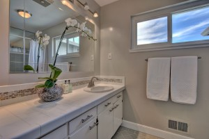 24 Eastwood Dr San Mateo CA-print-020-22-Bathroom Two-3667x2446-300dpi